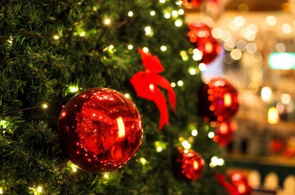 украшение елки к 2016 году